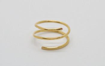 Gehämmerter Spiral Ring