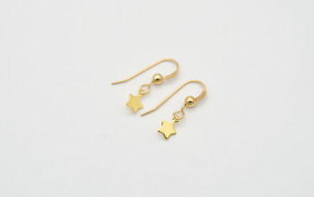 Kinderschmuck – Kleine Ohrringe mit Sternchen