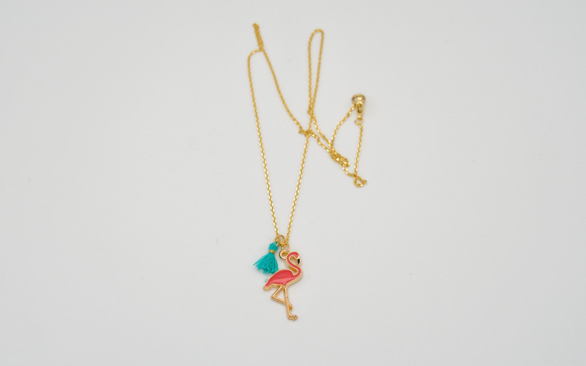 Goldene Halskette mit Flamingo Anhänger